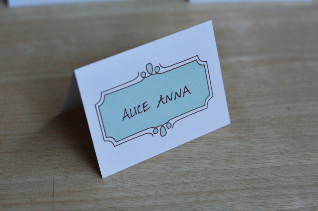 8 Sets Of Wedding Place Card Templates   Printable Wedding Place Cards