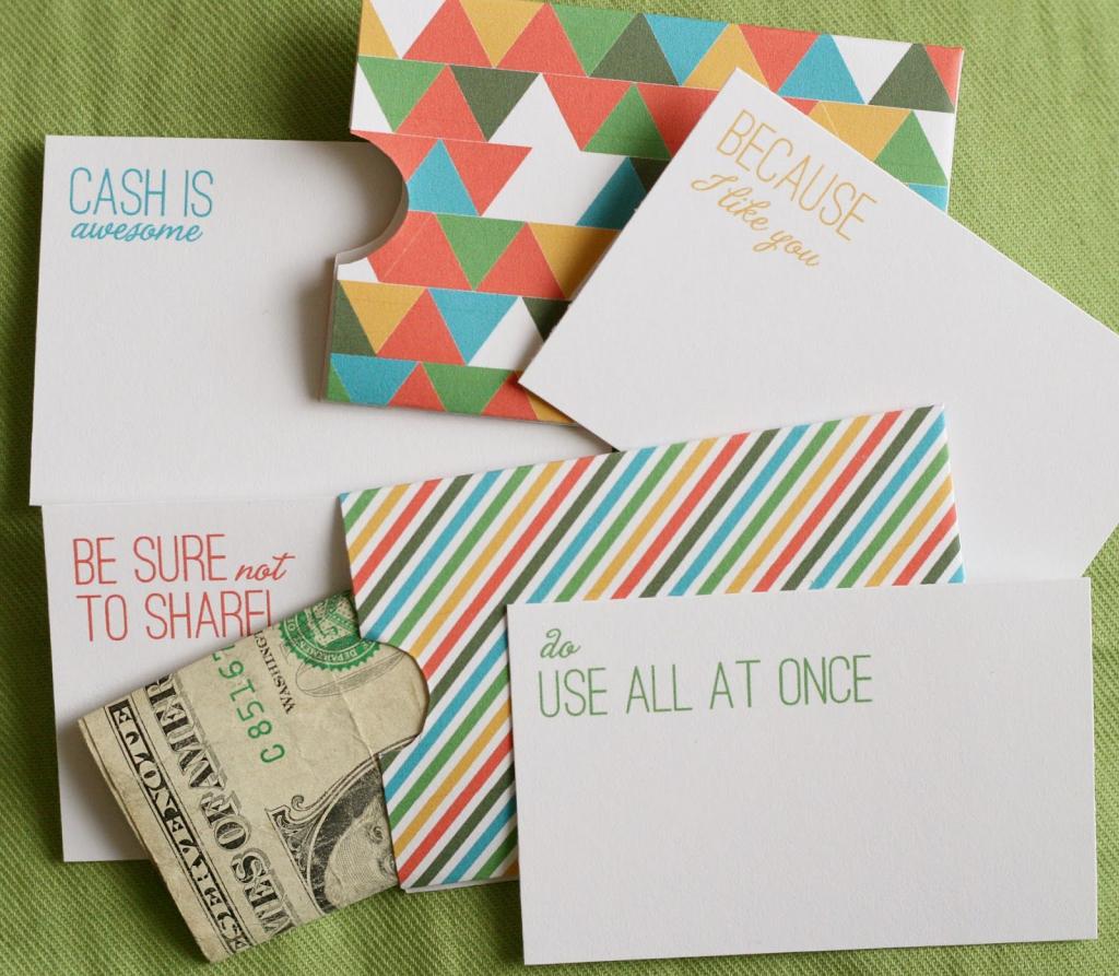 Cash Holder Cards - Free Printable #gift   ⎙ Print Me For Free   Free Printable Christmas Money Holder Cards
